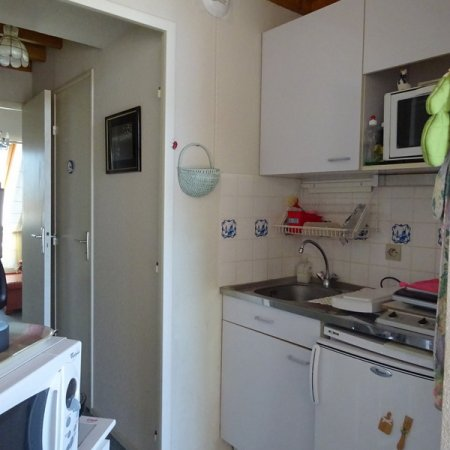 3366 kitchenette
